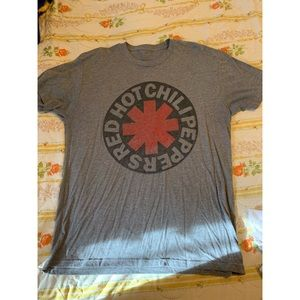 🎵Red Hot Chili Peppers Tee🎵